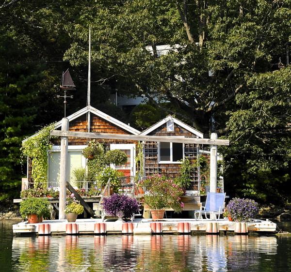 Stillwell,HouseBoat