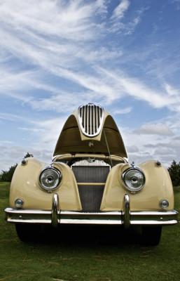 Stillwell_1957_Jaguar_XK140_OTS2