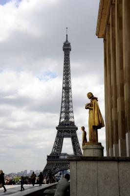 Stillwell_Paris_EiffelTwr_Tracadero