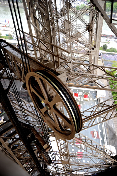 Stillwell_Paris_Eiffel_Twr_Wheel