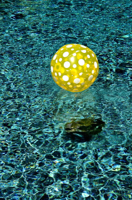 Stillwell_Yellow_Ball1