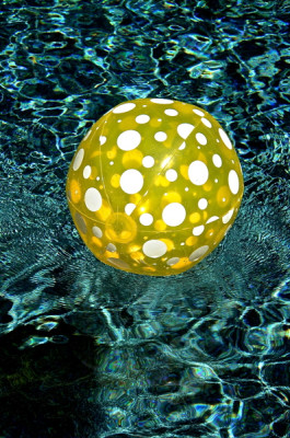 Stillwell_Yellow_Ball4