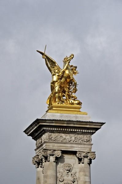 Stillwell_Paris_Alex_Pont_Fames_2