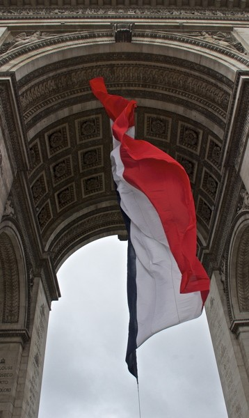 Stillwell_Paris_Arc_Flag_4