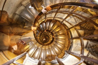 Stillwell_Paris_Arc_Staircase