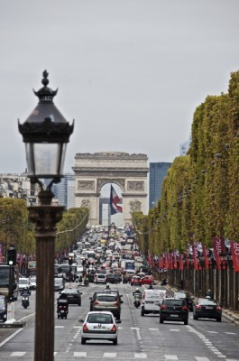 Stillwell_Paris_Champs_Elysees_Arc_Flag_Banners