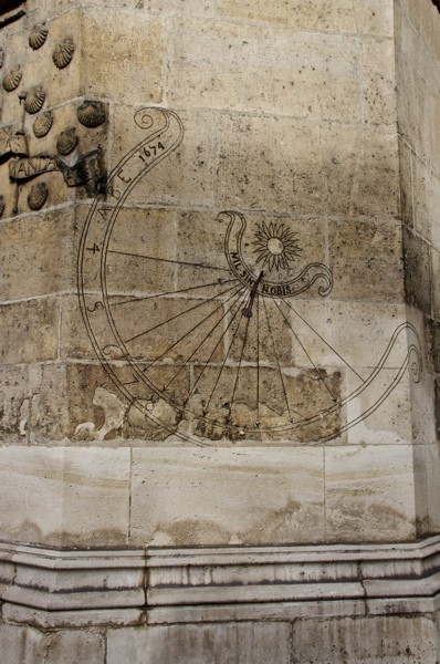 Stillwell_Paris_Cluny_Wall_Sundial