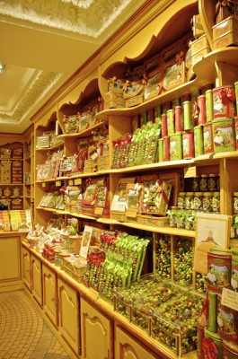 Stillwell_Paris_Cure_Gourmande_Shop