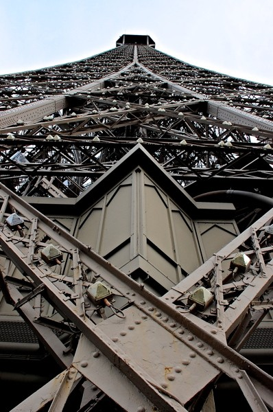 Stillwell_Paris_Eiffel_Tower_Closeup