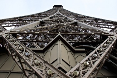 Stillwell_Paris_Eiffel_Tower_Closeup2