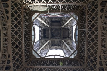 Stillwell_Paris_Eiffel_Tower_UP