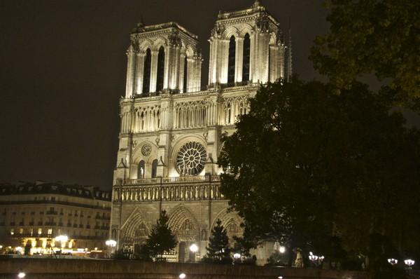 Stillwell_Paris_Night_Rain_ND_1