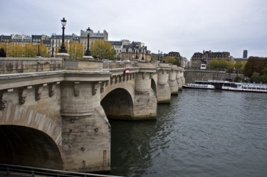 Stillwell_Paris_Pont_Neuf