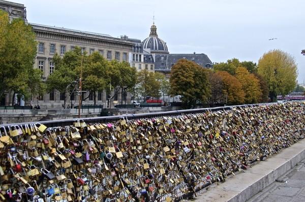 Stillwell_Paris_Relocated_Locks_6719