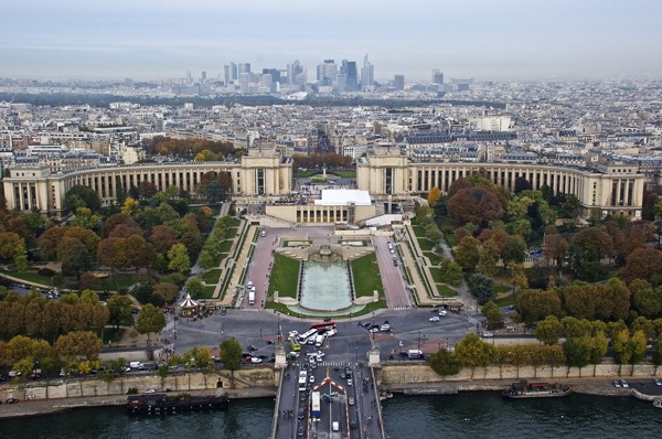 Stillwell_Paris_Trocadero_Financial_District